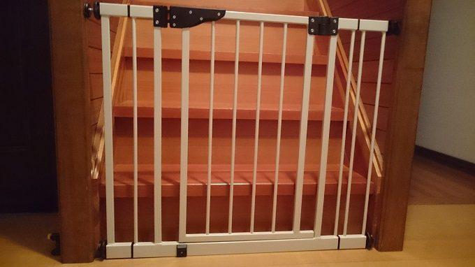 日本育児 ベビーゲート ダブルロックゲート階段取り付け